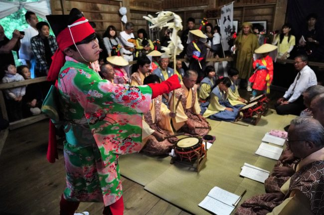 久知八幡宮例大祭の奉納芸