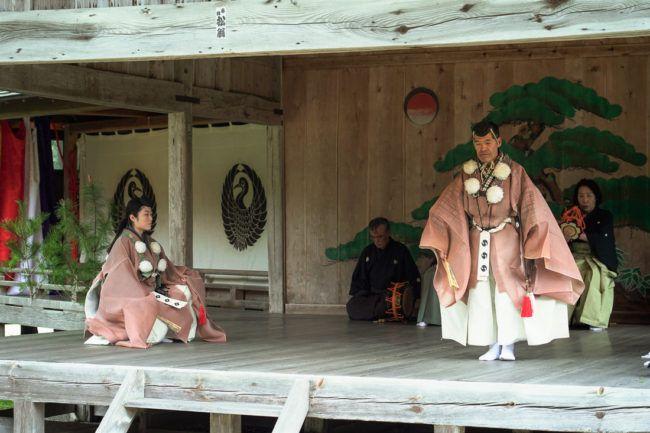 大膳神社の奉納能