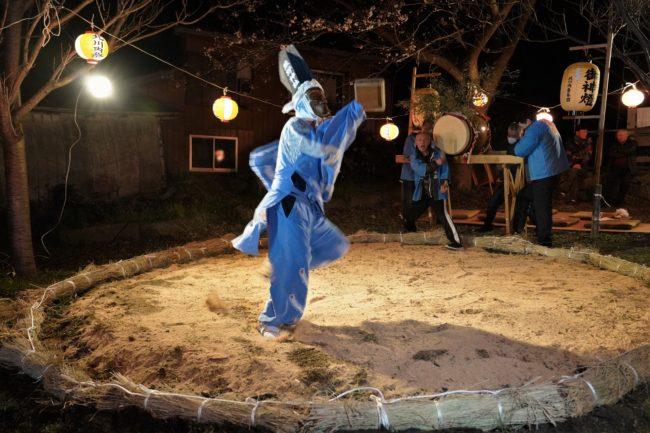 北川内まつりの獅子舞